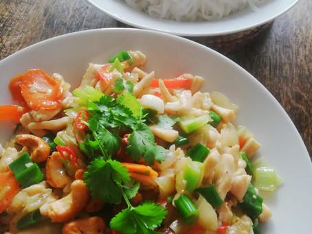 Roergebakken Kip met Cashewnoten uit Thailand