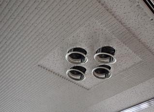 フロア照明LED化