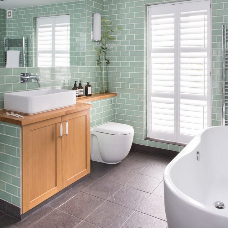simple-dark-coloredles-bathroom-ideasle-
