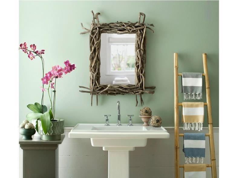Spring-Bathroom-Decorating-Ideas-On-A-Bu
