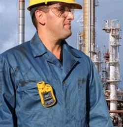 ToxiRae Pro LEL on Oil Worker