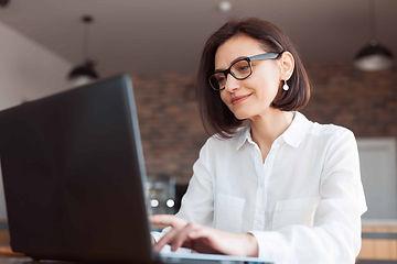 Women Executive, Stock Options