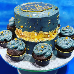 Silver Faultline Cake