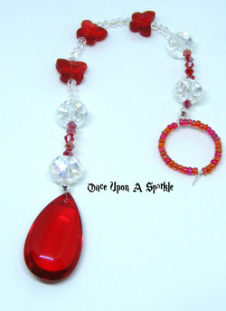 Suncatcher red smooth tear drop & red butterfly beads
