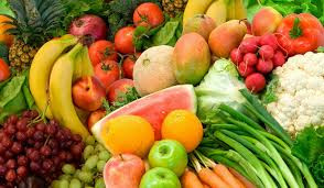Les fruits et légumes de saison ...            La pomme de terre et la mangue...