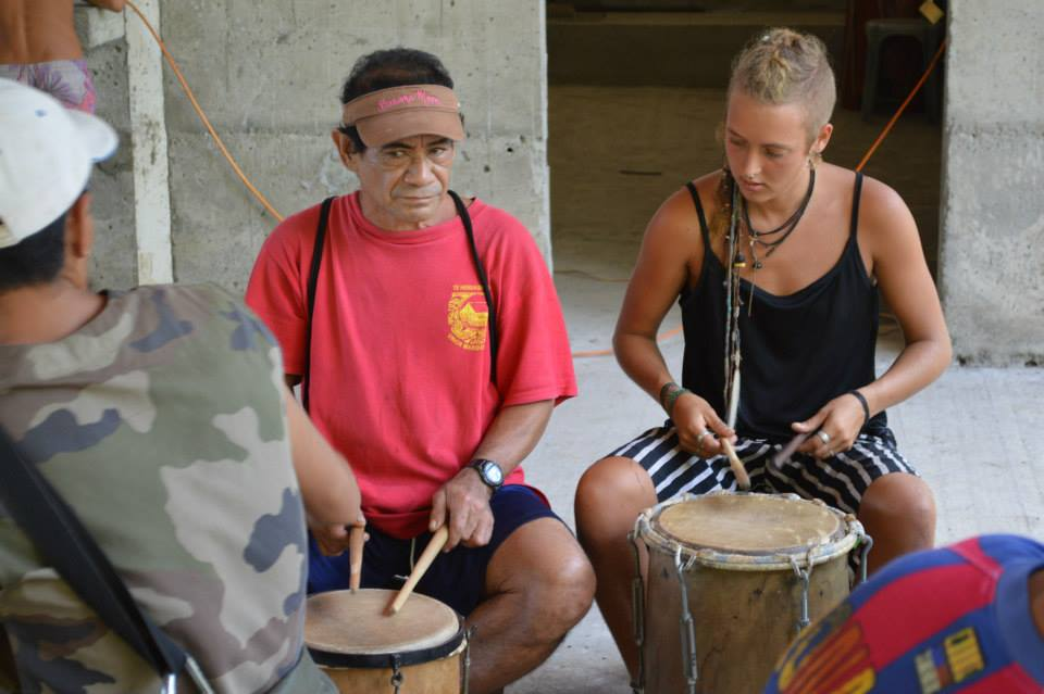 learning traditionnal drumming
