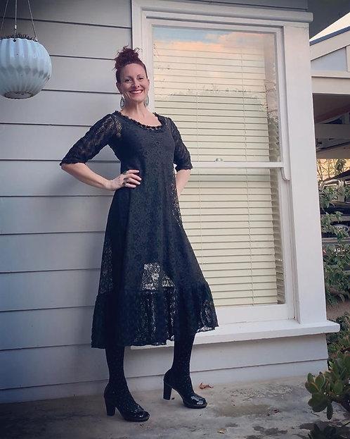 Femme Gothique Dress