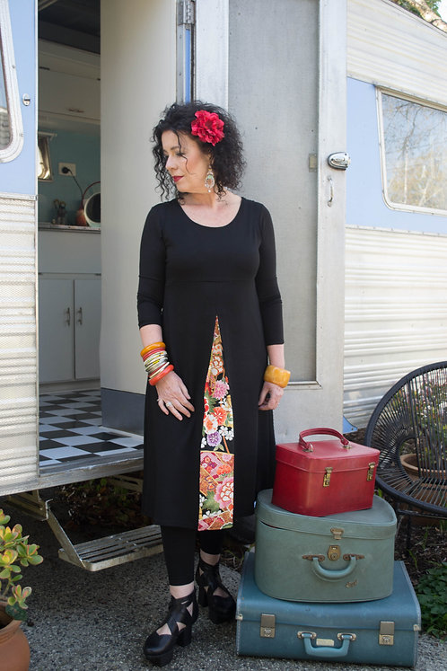 Sleeveless Pleat Dress