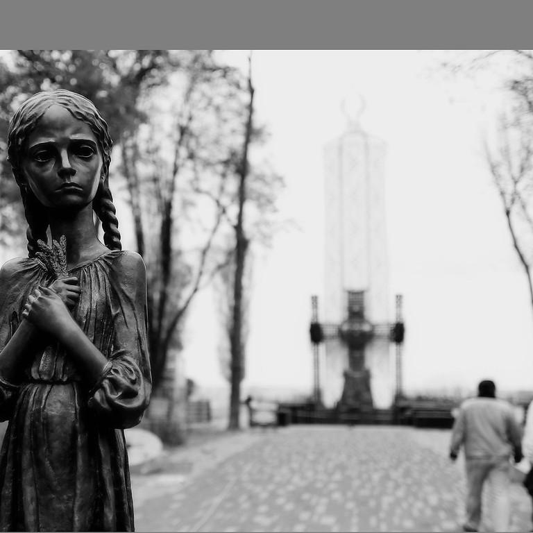 La commemoration du 85e anniversaire de Holodomor.