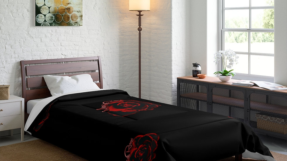 "Marie Rose"" Comforter Black"