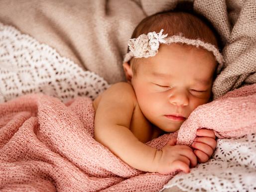 Wutzerl Leni - Neugeborenenbilder im Wohlfühlatelier