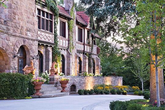 American Mansions: Richthofen Castle