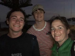 3 siblings in Australia.jpg