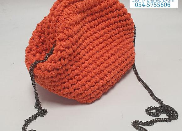תיק קלאץ סרוג עם שרשרת