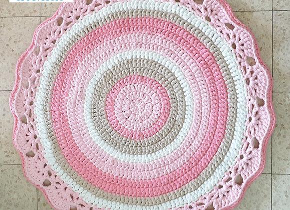 שטיח סרוג בעבודת יד