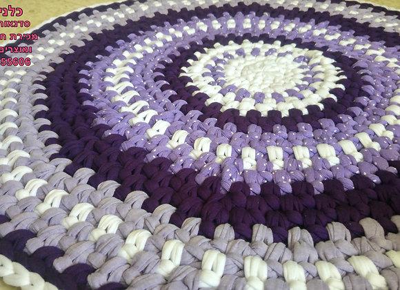 שטיח עגול סרוג בחוטי טריקו