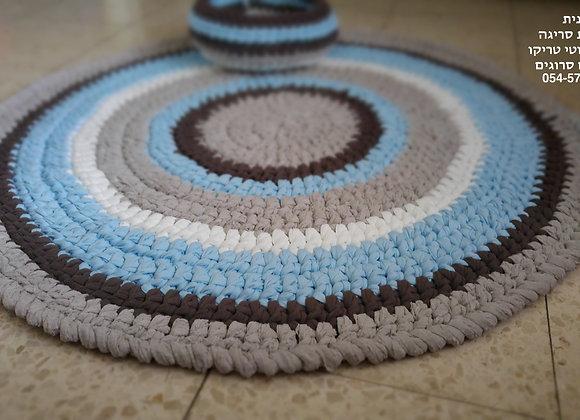 שטיח סרוג בחוטי טריקו