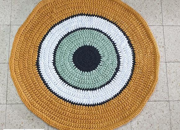 שטיח סרוג דגם עין ירוקה