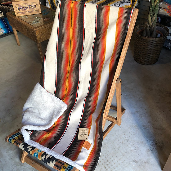 Salvage Maria SALTILLO SERAPE BLANKET WITH SHERPA LINING - BROWN