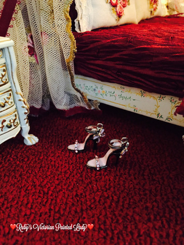 Rose Master Bedroom pink heels
