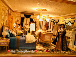 Lilias in the Gold Master Suite.jpg