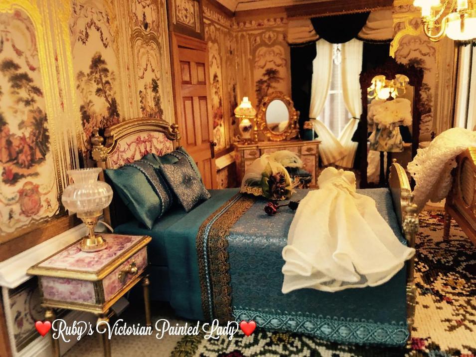 Gold Master Suite LEFT.jpg