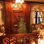 Foyer Christmas 3.jpg