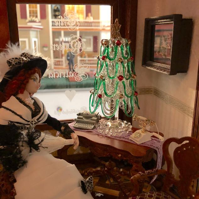 Foyer Christmas 2.jpg