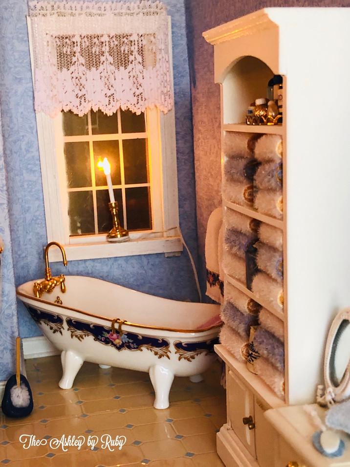 Blue Bath 2