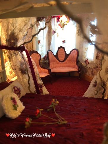 Rose Master Bedroom Pink Seating Set
