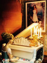 Foyer Pianist.jpg