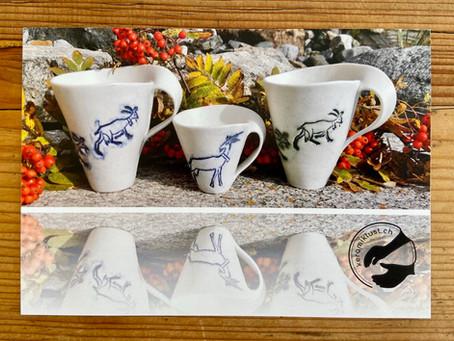 Porzellan Geschirr mit Geissen aus dem Engadin ist bei uns im Tischtuch-Nähatelier ausgestellt