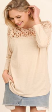 UMGEE A-Line L/S Top with Crochet Neckline R7402