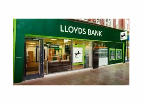 Stocks to Buy: Is down and out LLoyds Bank (LYG) a good long term investment?