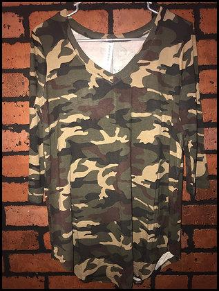Camouflage v-neck