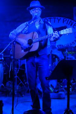 Justin_Derek at Knotty
