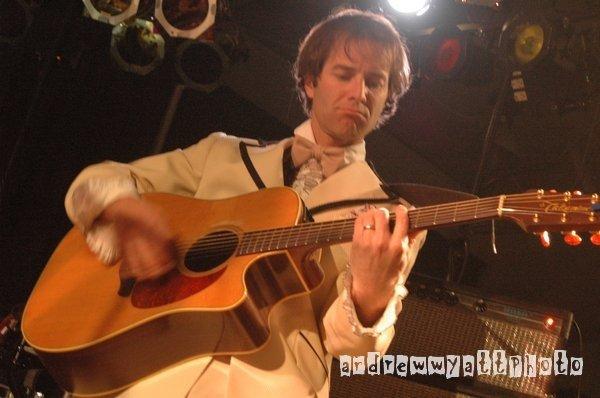 Justin Acoustic Tux