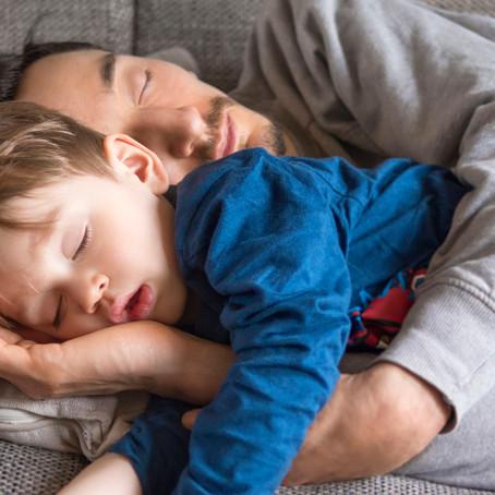 Kuidas beebi kõrvalt unepuudust vähendada