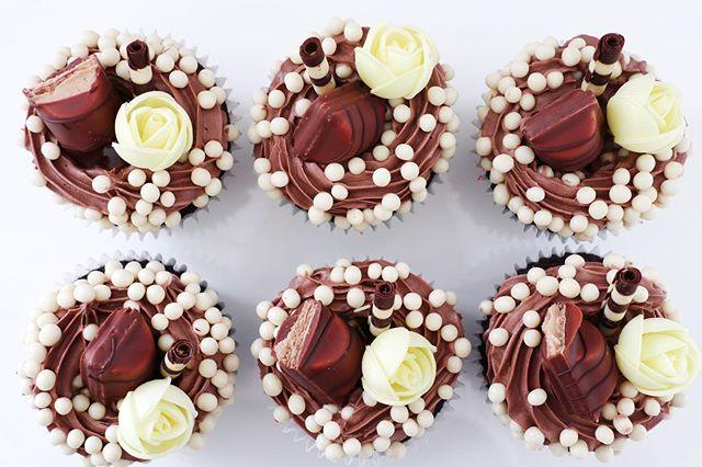 Kinder Bueno Cupcake Eves Cakes Dublin