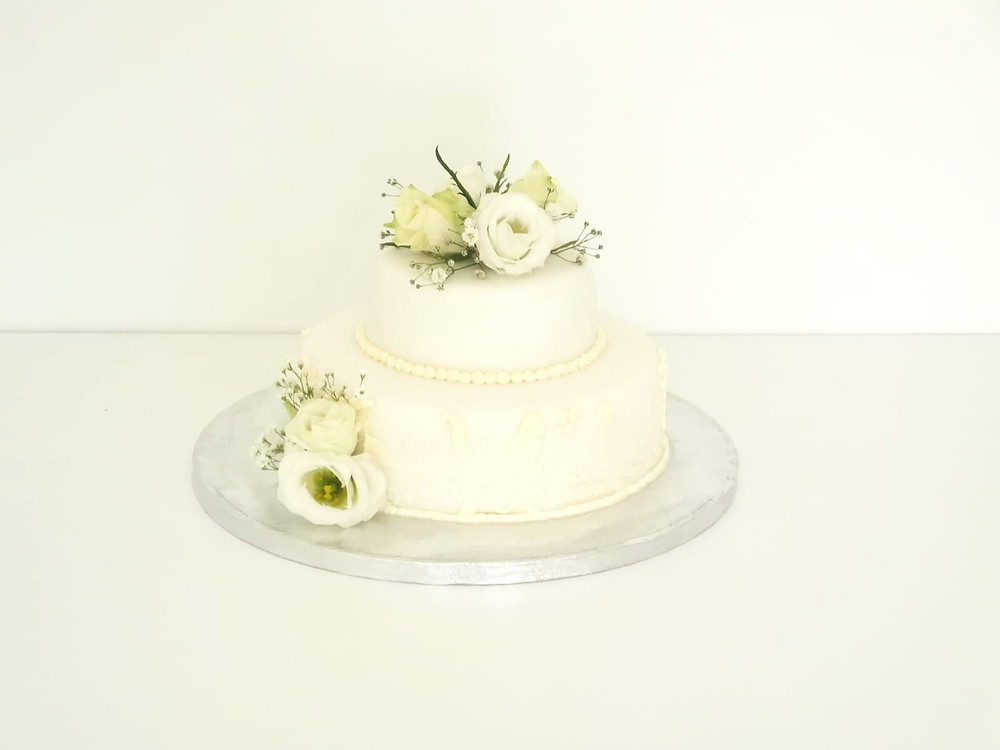 Recipe On How To Make A Chocolate Biscuit Wedding Cake by Eves Cakes Dublin