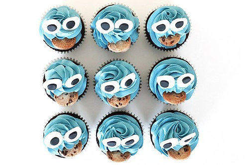 Cookie Monster Cupcakes x9 with Buttercream