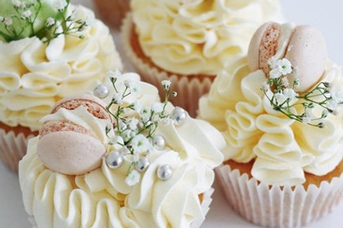 Wedding and Engagement Cupcakes, box of 6