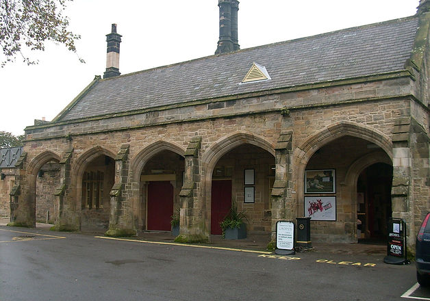 Richmond_railway_station2_edited.jpg
