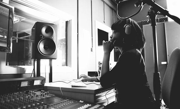 Studioの女