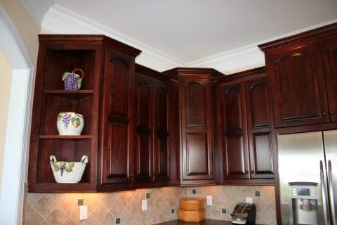 Offset upper cabinet