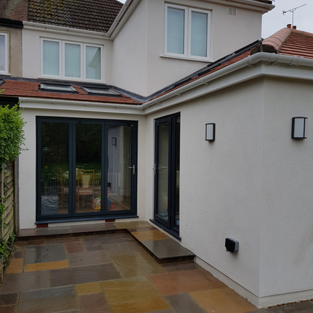 Single story wrap around kitchen extention in Claygate