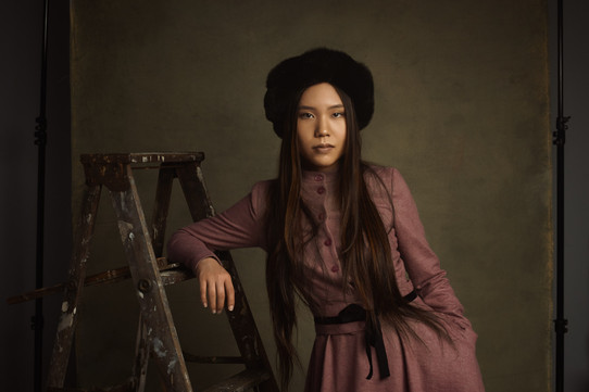 modern senior photos by portrait photogr