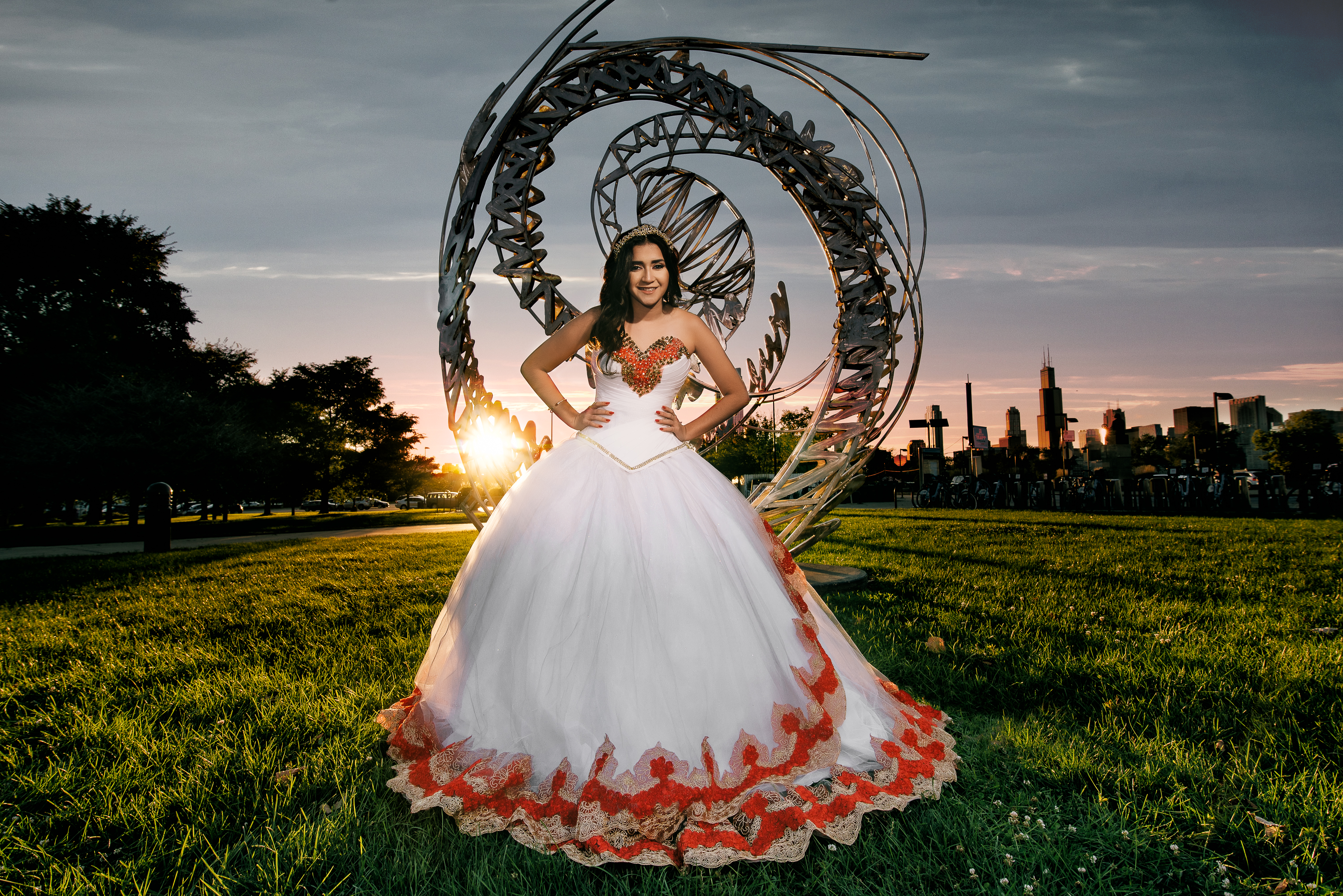 photo of quinceanera in chicago lakefront