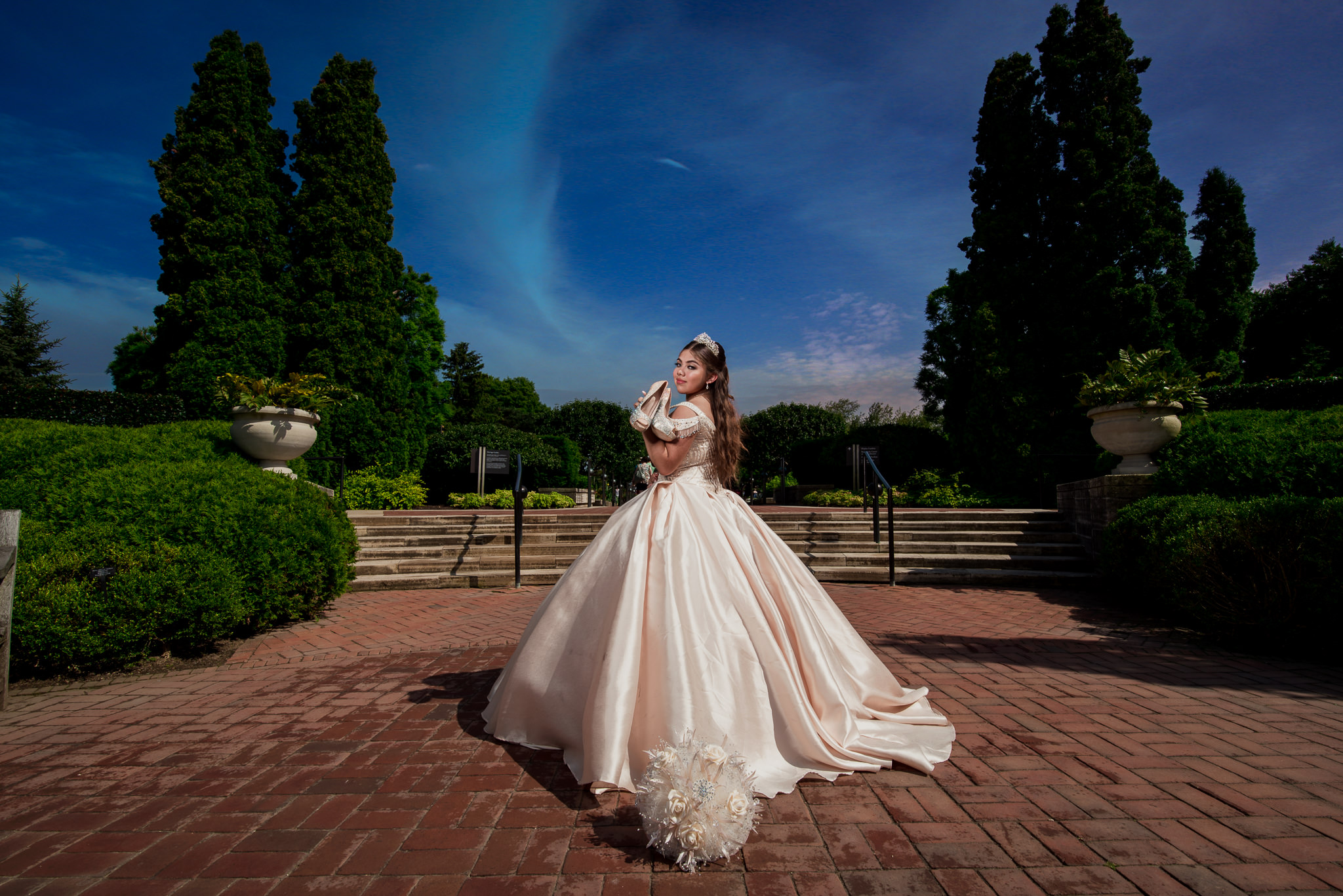 Quinceanera photo in Chicao Botanical Gardens By Olga and Jose