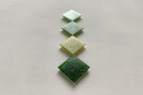 Мозаїка зелені відтінки / пориста і гладка фактури